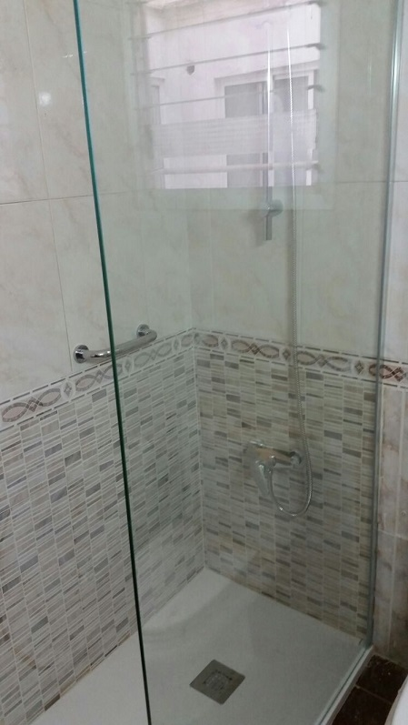 Reforma De Baño En Valencia Centro Avd Perez Galdos Duchamania